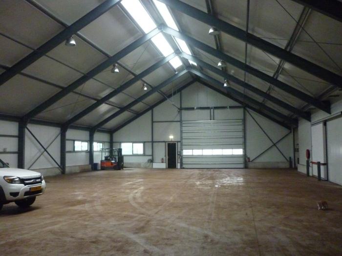 Loods met kantoor winschoten december 2011 aannemingsbedrijf pijper winschoten - Kantoor met geintegreerde opslagruimte ...
