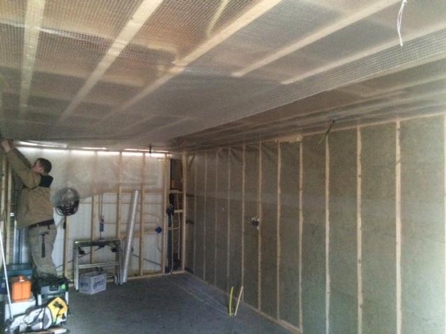 Garage Verbouwen Tot Praktijkruimte  Garage deur openslaand met grote bovenlichten fijn dat er